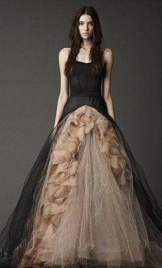 Свадебное платье готика