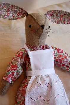So, it's been a week and a day since I received my Maggie Rabbit kit . I made the kit- bunny, dress, boots an. Applique Patterns, Doll Patterns, Pet Toys, Doll Toys, Felt Mouse, Doll Wardrobe, Denim Crafts, Fabric Toys, Liberty Fabric
