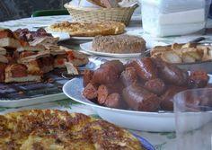 Nuestra corresponsal Beatriz Cámara nos lleva de paseo por la gastronomía de las fiestas populares ¿Te vienes? Todos los detalles en nuestro blog