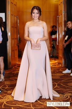 Kathryn Bernardo's Nude Ensemble Turns Heads at PEP List Awards 2016 | Stylebible.ph