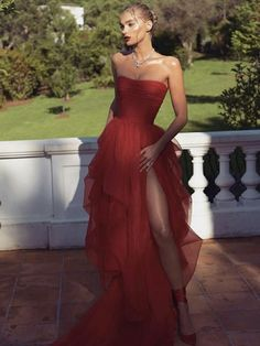Elsa Hosk 2018 Cannes Film Festival Red Carpet Red Prom Dresses, The Most Jaw-Droppingly Beautiful Dresses From the Cannes Film Festival Strapless Prom Dresses, Tulle Prom Dress, Women's Dresses, Dress Outfits, Fashion Dresses, Dress Up, Dress Party, Dress Lace, Red Formal Dresses