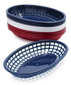 Set the scene of an all-American diner (and simplify cleanup) by serving each guest's meal in these plastic trays with wax paper liners. Available in red, white, and blue.