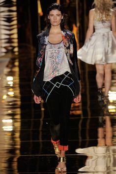 Cynthia Rowley Spring 2012 Ready-to-Wear Collection Photos - Vogue