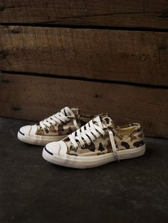 Converse Jack Purcell [thanks @William Yan]