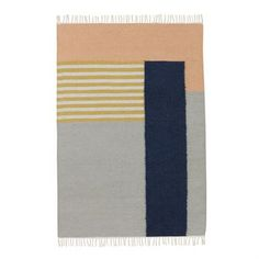 The stylish large Kelim rug from Ferm Living is made of wool and cotton with a significant graphic pattern in different colors. Place the rug in the living room or bedroom and match it together with other edgy textiles from Ferm Living to decorate your home with! Choose between different variants.
