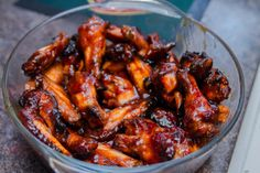 Caramelized Chicken Wings. Photo by leomf