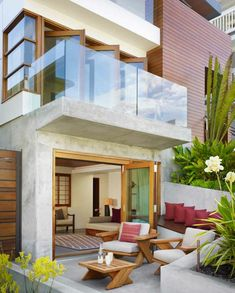 Terrassengestaltung Ideen Gemütliche Terrasse Sofa Sessel Pelz ... Teppich Fur Terrasse Dekoration
