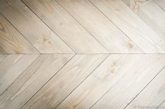 Table basse style industriel réalisée à partir de bois de palettes