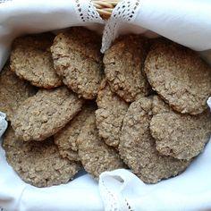 Biscoitos de Coco e Alfarroba