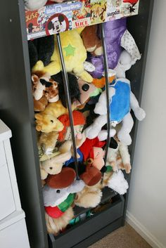 Stuffed animal zoo...could prob do this with one of the bookcases in the attic