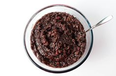 Red bean paste is one of the most important ingredients for making Chinese desserts. This post includes pictures and a video to walk you through the recipe. How To Make Red, Food To Make, Red Bean Dessert, Asian Desserts, Chinese Desserts, Red Bean Paste, Plant Based Eating, Moon Cake, Red Beans