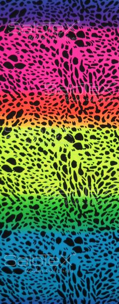 Ref. 5632 V.9, disponível nos nossos tecidos Opaca, Miami, Efeito couro e Design.