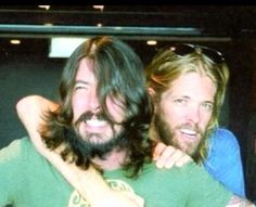 Dave Grohl and Taylor Hawkins from Foo Fighters