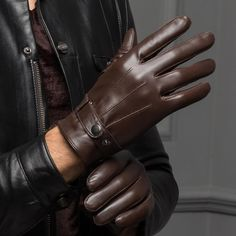 CASF Men's Warm Lambskin Genuine Leather Gloves For Men Winter Driving Brown XL: Size Information: Extra Small: palm circumference is less than Small: palm circumference is Middle: palm circumference is Large: palm circumference is Extr? Leather Driving Gloves, Leather Gloves, Lambskin Leather, Real Leather, Leather Men, Gloves Fashion, Outfits Hombre, Motorcycle Gloves, Mens Gloves