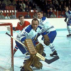 Hockey Goalie, Hockey Games, Wayne Gretzky, Four Year Old, Toronto Maple Leafs, Montreal Canadiens, Maria Sharapova, Nhl, Old School