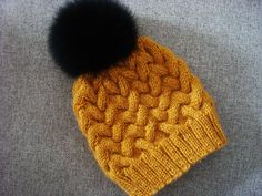 Step-by-step tutorial of knitting winter cable hat with detailed explanation and lots of high-quality pictures knit hat Sandy Cable Knitted Hat Pattern · Crazy Hands Knitting Easy Knit Hat, Cable Knit Hat, Knitted Hats, Cable Cowl, Knitting Patterns Free, Free Knitting, Crochet Patterns, Hat Patterns, Beginner Knitting