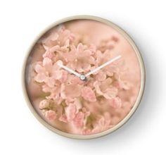 Clock. #valarian #valarianflowers #valarianmacro #valarianart #sandrafoster #sandrafosterredbubble