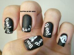 BOO! - GLITTER ON MY NAILS