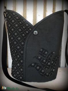 Meska - Tulipános táska hosszú pánttal-