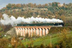 Arriva la primavera e riparte il Treno Natura, un viaggio lento per scoprire la bellezza delle Terre di #Siena #TuscanyAgriturismoGiratola