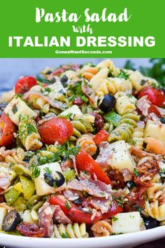 This pasta salad with Italian dressing recipe uses vibrant colors with nutritious meats and veggies to produce bold tangy flavors that are irresistible. Best Tuna Salad Recipe, Chicken Salad Recipes, Pasta Recipes, Dinner Recipes, Cooking Recipes, Cake Recipes, Healthy Foods To Eat, Healthy Recipes, Italian Dressing Recipes