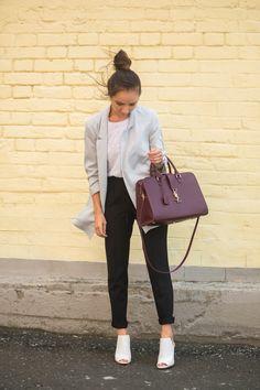 #streetstyle #fashion #blogger #kseniyavostrikova #zara #ootd #fall #fashionweek #inspiration #style #ysl #fashionblogger #longstoryshirt #chanel #guess #newbalance  #coffee