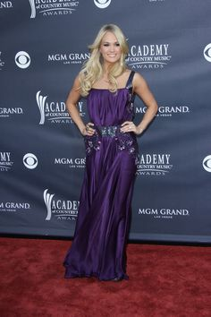 Carrie Underwood rocks the Academy of Country Music Awards