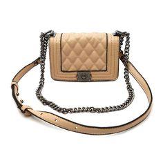 47b3003cb Olha meninas que show essa bolsinha, super indico para você que agora looks  fashions. Lojas VirtuaisMeninasMenininhasBolsas
