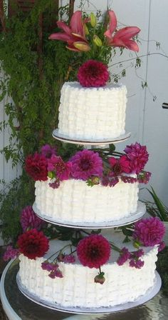 tier wedding cakes with flowers round | ... wedding cake. Sour cream white cake with bavarian cream filling