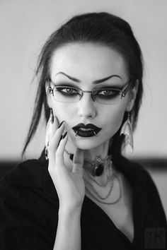 Perfect gothic girl with perfect eye brows
