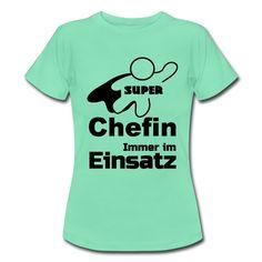 Super Chefin - tolle Shirts und Geschenke für heldenhafte Chefinnen. #chef #boss #vorgesetzter #vorgesetzte  #büro #arbeitsplatz #arbeit #danke #shirts #geschenke #tassen