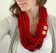 Quick and Easy Lightweight Spring Cowl tutorial with Lion Brand #Fettuccini; from Maybe Matilda blog