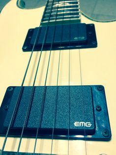 EMG pickups . Ibanez guitar Set Zakk wylde
