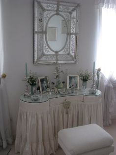 Symmetry in motion a lovely french inspired dressing table with a beaming Venetian mirror. Old Hollywood glamour revisits. #itworks