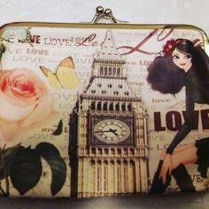 Ρομαντικά πορτοφολάκια με κούμπωμα που σε ταξιδεύουν Big Ben, Personalized Items