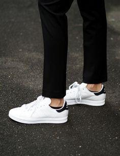 new arrival 01529 185ed Adidas Stan Smith Sneakers Minimalistiskt Mode, Minimalistisk Stil, Vita  Sneakers, Skor Sneakers,