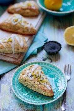 Mákos-citromkrémes scone recept Kos, Scones, Biscuits, Ethnic Recipes, Crack Crackers, Cookies, Biscuit, Cookie Recipes, Aries