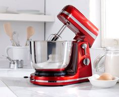 Mix and whip ingredients with ease with the thinkkitchen Professional Stand Mixer. With 6 speeds, this mixer will quickly become your favourite kitchen gadget! Crafted in stainless steel for lasting durability, the metallic red design will add a splash of Buy Kitchen, Small Kitchen Appliances, Kitchen Aid Mixer, Kitchen Tools, Nutribullet, Betty Crocker, Stand Mixer Recipes, Kitchenware, Good Luck