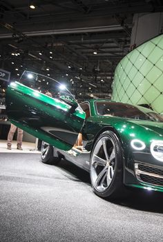 Bentley EXP 10 Speed 6 Bentley Exp 10, Bentley Car, Bentley Mulsanne, Car Wallpapers, Car In The World, Collector Cars, Future Car, Sexy Cars, House On Wheels