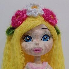 Такая нежная малышка 😄 Повтор девочки в розовом платье, но немножко в другой расцветке. 😘😘😘#сказкаизклубочка#куклыкрючком #интерьерныекуклы… Tutorial Amigurumi, Doll Tutorial, Knitted Dolls, Crochet Dolls, Crochet Doll Pattern, Crochet Patterns, Doll Making Tutorials, Homemade Toys, Amigurumi Doll