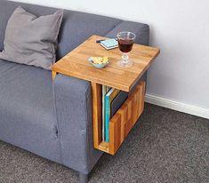 Couch-Caddy im Eigenbau - Home Decor Ideas Diy Furniture Couch, Furniture Design, Furniture Dolly, Diy Wood Projects, Woodworking Projects, Woodworking Plans, Wooden Couch, Coffee Table Design, Coffee Tables