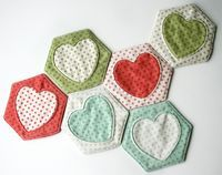 Free Tutorial and Pattern: Hex and Heart Coasters - Cosmo Cricket