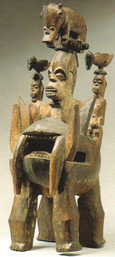 Iphri personal shrine figures - RAND AFRICAN ART
