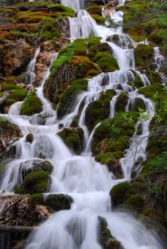 Colorado is home to several stunning waterfalls: Seven Falls. the waterfall at Casa Bonita. but this waterfall is quite possibly the most beautiful of them all. Best Vacation Destinations, Best Vacations, Vacation Trips, Vacation Ideas, Places To Travel, Places To See, Leadville Colorado, Road Trip Usa, Belleza Natural