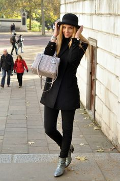 Black casual look. hat. Lady Dior bag.