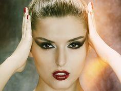 Das Beauty Model mit albanischen Wurzeln wird zum Kampagnen Gesicht von Sacha Cosmetics.