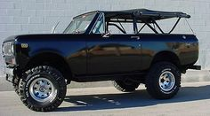 Scout II...OMG i've always wanted one of these! half truck, SUV & convertible? SOLD!