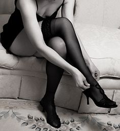 bet you ain't know that i be checking you out when you be putting your heels on #boudoir #usher