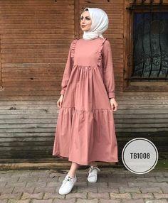 Muslim Fashion 626141154430962374 - Source by ChaiimaAlg Modern Hijab Fashion, Modesty Fashion, Abaya Fashion, Muslim Fashion, Fashion Dresses, Fashion Fashion, Stylish Dress Designs, Stylish Dresses, Hijab Style Dress