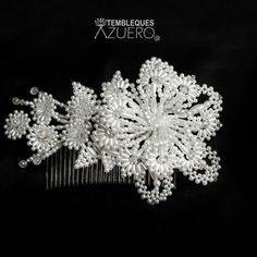 Seed Bead Flowers, French Beaded Flowers, Seed Beads, Beaded Jewelry, Beaded Bracelets, Pearl Bracelet, Flower Girl Basket, Botanical Flowers, Flower Crafts